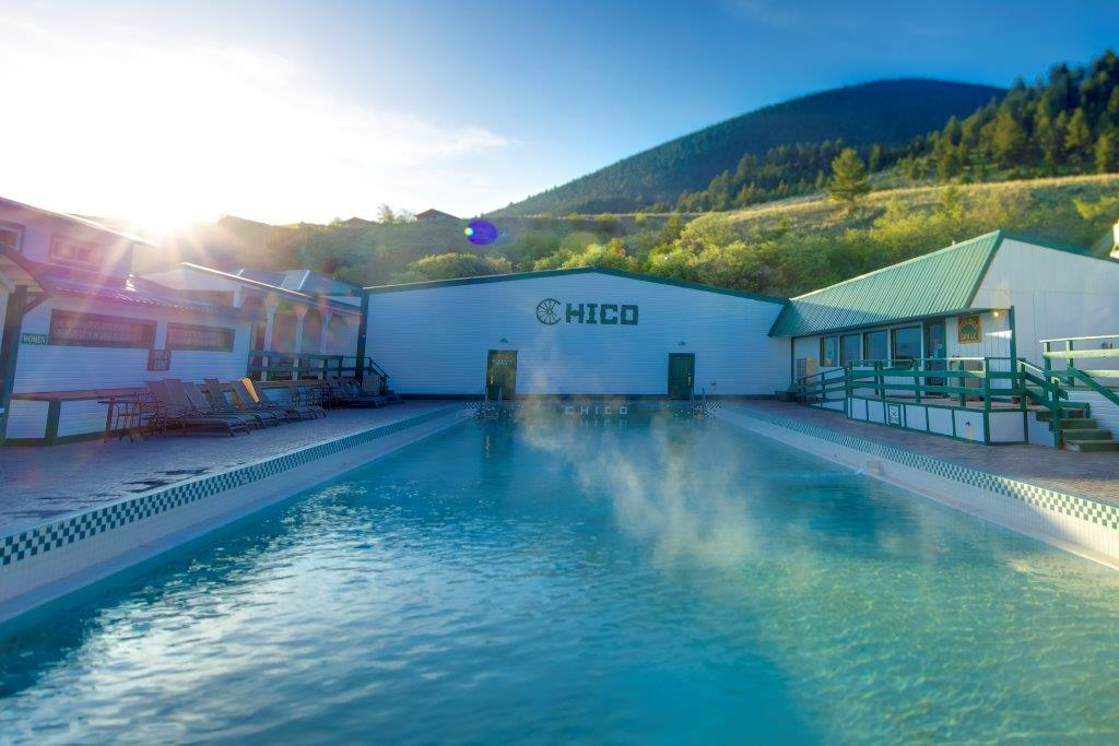 Chico Hot Springs pool